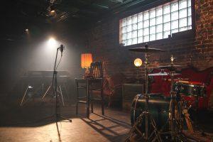 بررسی صلاحیت عوامل تولید در روند اخذ مجوز موسیقی شامل چه مواردی می شود؟